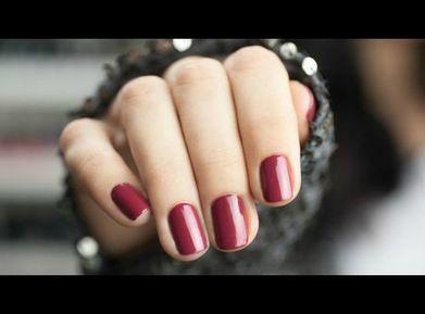 Le nail layering, l'art de superposer les couches de vernis - Voici | Tendances cosmétiques | Scoop.it