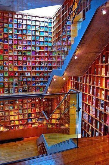 Tweet from @MariaBoedeker   Great books for great minds!   Scoop.it