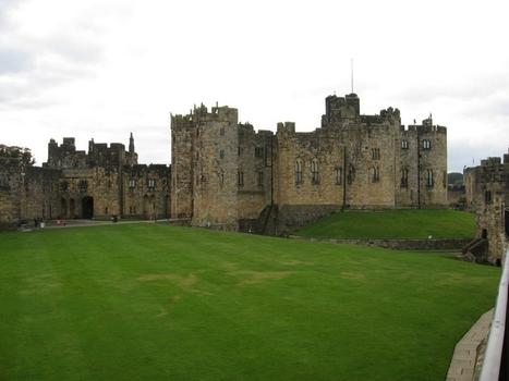 Visit Alnwick Castle In Northumberland, England | Jhakaas | Scoop.it