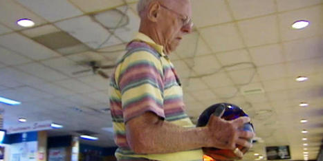 84-year-old bowls perfect game | INTRODUCTION TO THE SOCIAL SCIENCES DIGITAL TEXTBOOK(PSYCHOLOGY-ECONOMICS-SOCIOLOGY):MIKE BUSARELLO | Scoop.it