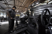 India's Industrial Output Growth Weakens - Wall Street Journal | unit 2 12.3B India | Scoop.it