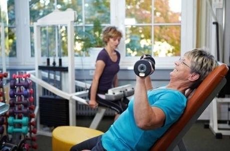 Seniors : soulever des poids pour protéger son cerveau - Pourquoi Docteur ? | Seniors | Scoop.it