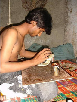 How Branded Shoes are Made in India ~ Pictures | Asian Labour Update | Scoop.it