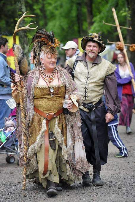 Triune: Renaissance Festival brings a different flavor to town, College Grove Library... | Tennessee Libraries | Scoop.it