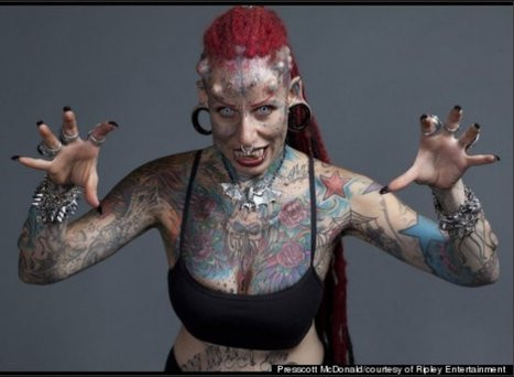 Head-To-Toe Body Tattoos Make Clothing Optional | Strange days indeed... | Scoop.it