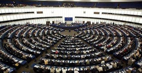 Jen 30 procent Čechů podporuje EU, Brusel ztrácí pozice v celé Evropě   Evropská unie pozitivně   Scoop.it