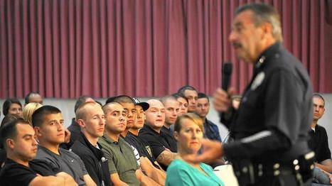 LAPD urges officers to be community guardians, not warriors on crime | Police Problems and Policy | Scoop.it