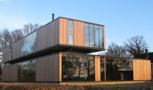 Maison bois modulaire contemporaine kit house par eldridge smerin ulcombe - Construction modulaire contemporaine ...