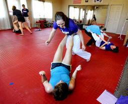 Missoula taekwondo teacher gives women self-defense skills, self-confidence - The Missoulian | Self Defense | Scoop.it