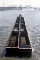 Mississippi River drops, threatening barge traffic | Sustain Our Earth | Scoop.it