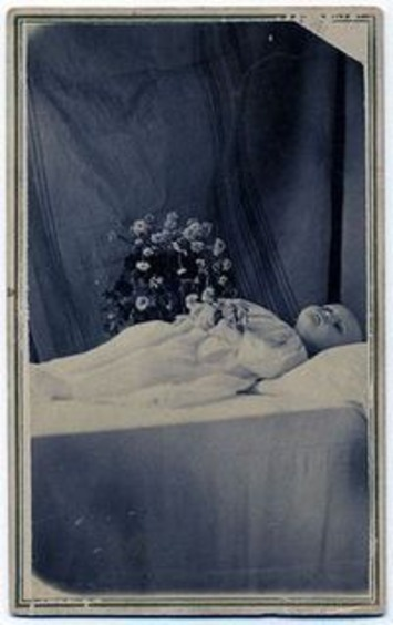 Postmortum photos | Antiques & Vintage Collectibles | Scoop.it