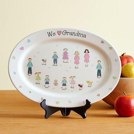 We Heart Grandma Personalized Platter | Valentine Gifts for Grandma | Scoop.it