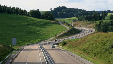 La France approuve l'expérimentation des véhicules autonomes sur la voie publique - Politique - Numerama | Wallgreen - Louez moins cher et passez au vert ! | Scoop.it