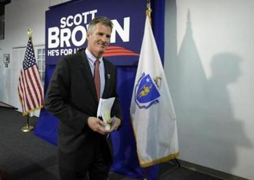 Brown decries partisanship at home, but emphasizes it in national fund-raising | Boston Globe | Massachusetts Senate Race 2012 | Scoop.it