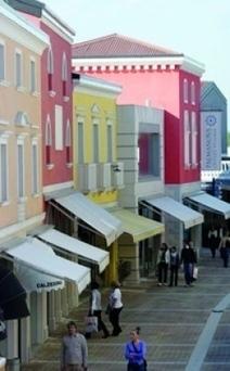 Con i clienti dell'Est il Palmanova outlet ha i conti in attivo  - Cronaca - Messaggero Veneto | Vendite Private, Outlet e Temporary | Scoop.it
