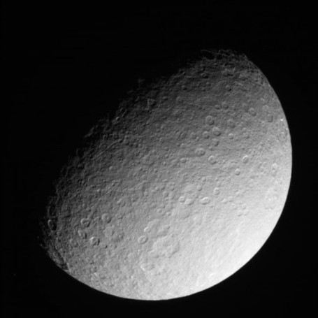 These are the Last Close-up Images of the Moon Rhea from Cassini | Planets, Stars, rockets and Space | Scoop.it