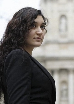 Anina, la petite mendiante rom devenue major de la Sorbonne | Ca m'interpelle... | Scoop.it