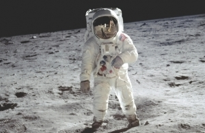 How did lunar astronauts survive the extreme temperatures on the Moon? | Spaceanswers.com | Moon Exploration | Scoop.it