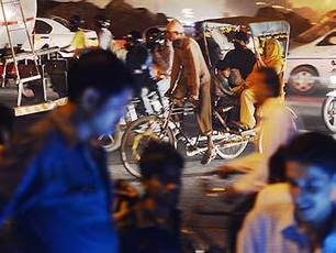 Cyclists in India face a daily Darwinian battle on roads | Oven Fresh | Scoop.it