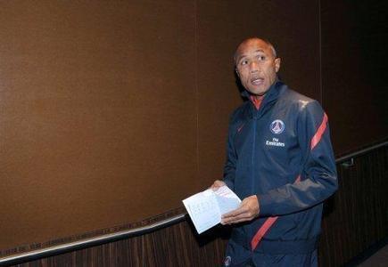L'entraîneur Antoine Kombouaré viré du PSG | Mais n'importe quoi ! | Scoop.it