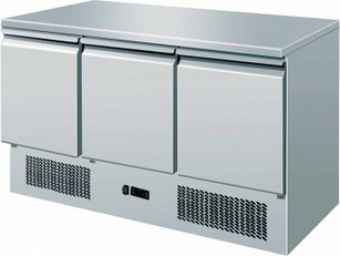 3 DOOR REFRIGERATED CATERING PREP FRIDGE CHILLER COUNTER SOLID TOP | Commercial Refrigeration | Scoop.it