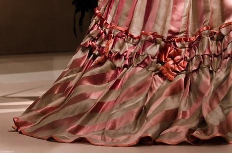 Fashion Forward : la sublime expo des Arts Déco retrace 300 ans de mode !   Textile Horizons   Scoop.it