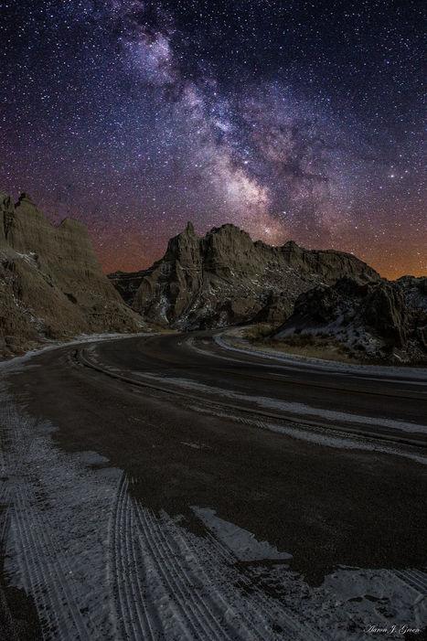Ride across the Badlands by Aaron Groen | My Photo | Scoop.it