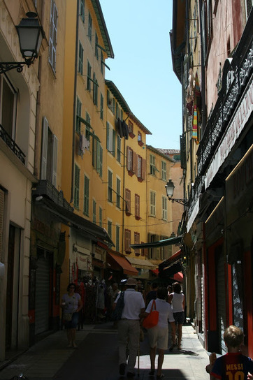 American Mom in Bordeaux: Coucou- It's Toussaint Break and we headed to the Cote d'Azur! | American Mom in Bordeaux - Blending Cultures Blog | Scoop.it