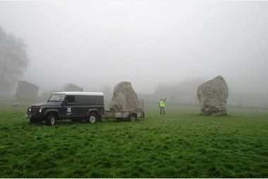 Un 1er avril néolithique : GB : National Trust reacts to clocks changing with stone move at ancient Avebury World Heritage Site | World Neolithic | Scoop.it