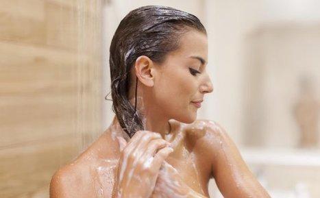 Le multishampoo, la solution beauté pour avoir des cheveux brillants - Cosmopolitan.fr | Debymagazine | Scoop.it