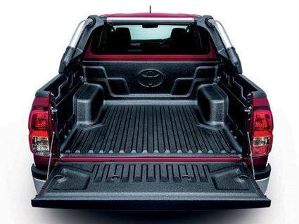 Toyota Hilux 2016 bán tại Malaysia rẻ hơn 100 triệu so với Việt Nam   napthungcanopy   Scoop.it