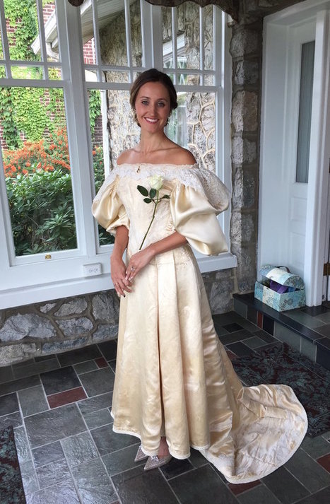 Everyone Has Seen This Bride's 120-Year-Old Dress, Except One Person | Wedding ceremonies | Scoop.it