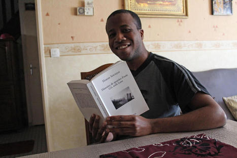 Grande-Synthe: dans «Histoires de quartier From GS, with love», Hakim Soudjay livre son quotidien | Else than Hip-Hop | Scoop.it