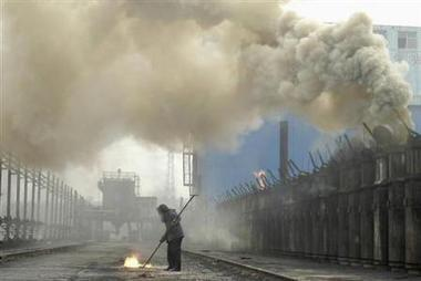 China's anti-pollution drive risks running out of gas | Sustain Our Earth | Scoop.it