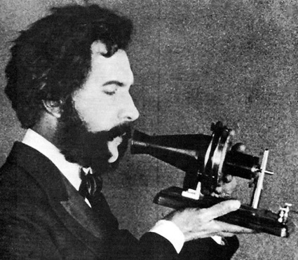 alexander_graham_bell_500px.jpg (500x437 pixels) | Telephone and World As Global Village | Scoop.it