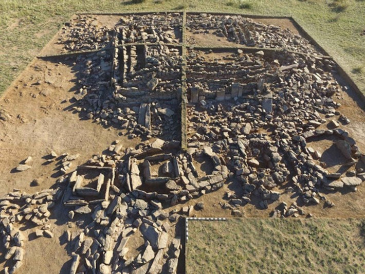 Chamber in Bronze Age 'pyramid' opened in Kazakhstan | Archaeology News Network | Kiosque du monde : Asie | Scoop.it
