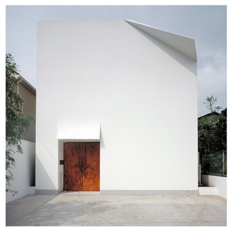 [Kyoto, Japan] A House With The Facade Of A Crisp White Sheet Of Paper With A Folded Edge - DesignTAXI.com | The Architecture of the City | Scoop.it