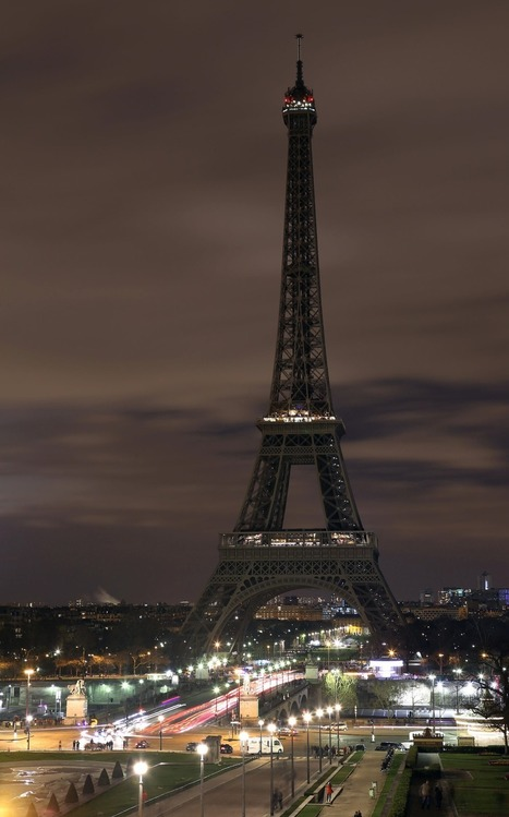 Lights go out around the world for #EarthHour #climate #tech | Messenger for mother Earth | Scoop.it