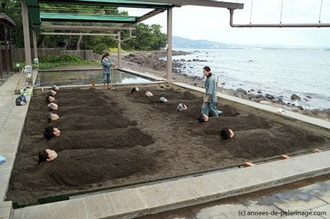 Sand Bathing – A Uniquely Japanese Spa Experience | Strange days indeed... | Scoop.it