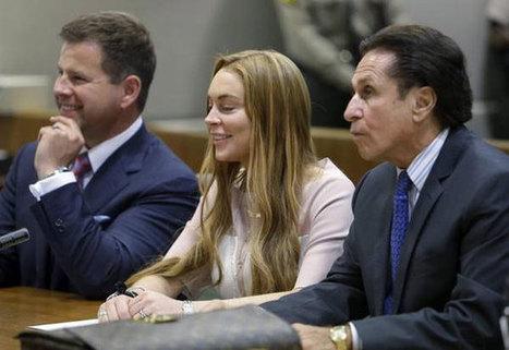 Lindsay Lohan e la sigaretta 'galeotta' scappa dal rehab - Sfilate | fashion and runway - sfilate e moda | Scoop.it