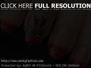 12 Cute Christmas Reindeer and Rudolph Nail Art - Zesty Fashion | nail art | Scoop.it