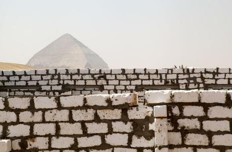 Dahchour : pyramides contre ciment et pillage | Égypt-actus | Scoop.it