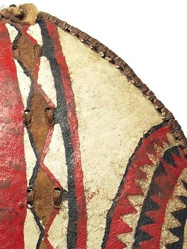 Maasai Shield 101,Kenya | Arte Africano Antiguo | Scoop.it