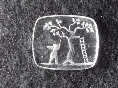 Localizan en el yacimiento de Cástulo una joya de cristal grabado con un Erote perteneciente al siglo I | LVDVS CHIRONIS 3.0 | Scoop.it