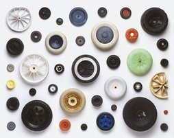 One man's trash: the filtered flotsam of artist Stuart Haygarth – in pictures | OMG - Ocean Marine Guardians | Scoop.it