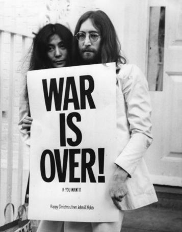 "ALAN WHITE OF YES REMEMBERS: John & Yoko's 1969 ""Peace for Christmas"" Concert and WAR IS OVER! Campaign 