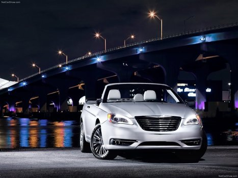 Chrysler 200 the Temptress | Dhow Dinner Cruise and Dubai Sightseeing Tour | Scoop.it