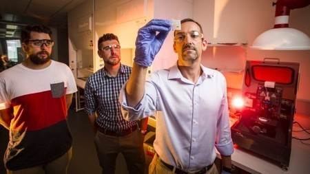 """New """"4D-printing"""" material can change shape in hot water 