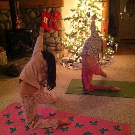 Yoga in front of the Christmas tree!   Cosmic Kids Around The World!   Scoop.it