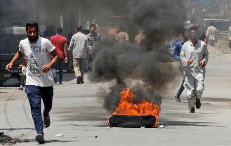 Kashmir Seethes Under Curfew After Troops Kill Four | Fairness | Scoop.it